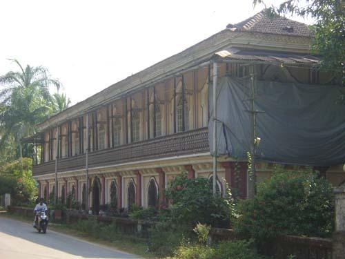 Sara_house