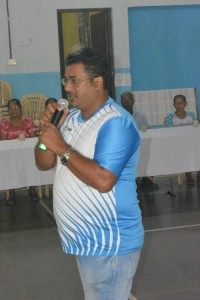 Guirdolim Club President Paztwin speaking